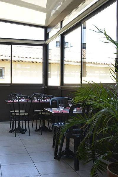 Le Restaurant Le Four Du Grand Vallat Bouc Bel Air